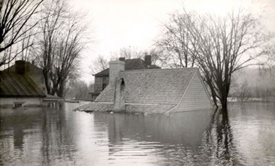 1937 Flood, Grant's Birthplace.jpg