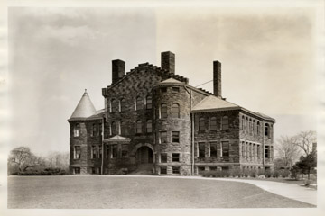 Wheeler Hall on the campus of Baldwin Wallace.jpg