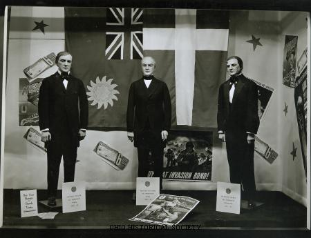 File:F. & R. Lazarus Company Presidents Window Display.jpg