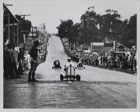 File:1930 Soap Box Derby.jpg