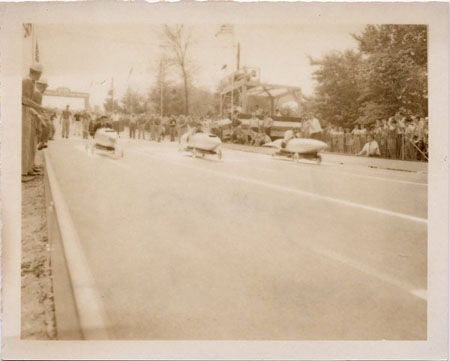 File:Soap Box Derby in Akron, Ohio, ca. 1945-1960..jpg