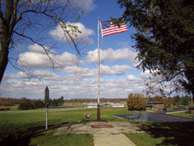 File:Campbell Hill on a windy day.jpg
