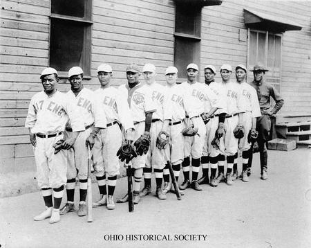 File:317th Engineers Baseball Team, Camp Sherman.jpg