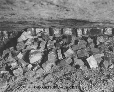File:Coal Seam Shot Down Using Jeffrey Drill.jpg