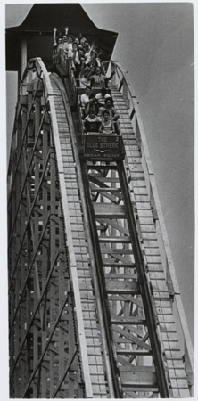 File:Cedar Point Rollercoaster; Blue Streak.jpg