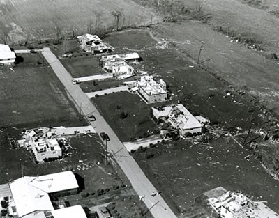 File:1974 Xenia Tornado, homes.jpg