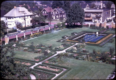 File:Collinwood Memorial Garden.jpg