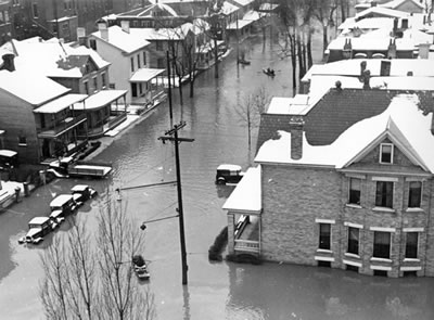 File:1937 Flood, homes with snow.jpg