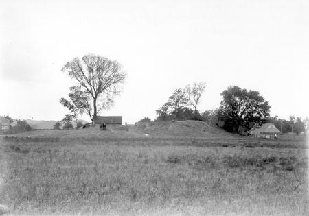 File:Edwin Harness Mound During Excavation.jpg