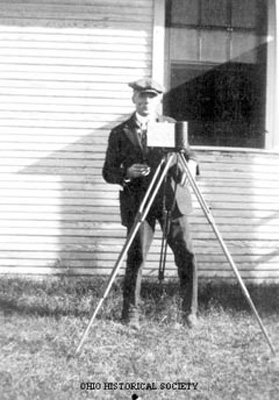 File:Frary, Ihna Thayer with Camera.jpg