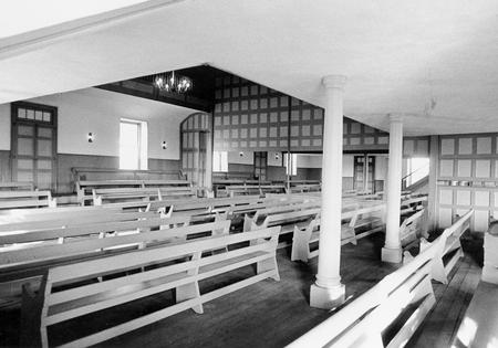Quaker Meeting House Interior View.jpg