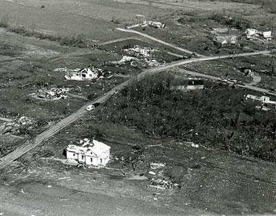 File:1974 Xenia Tornado, leveled homes.jpg