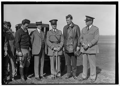 File:Wright, Orville with Major John F. Curry, and Colonel Charles Lindbergh (LC).jpg